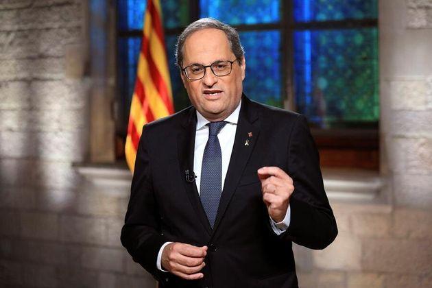 El presidente de la Generalitat, Quim Torra, durante el mensaje institucional que ha pronunciado este...