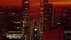 Gli incendi tingono il cielo di San Francisco di arancione sulle note di Blade Runner 2049