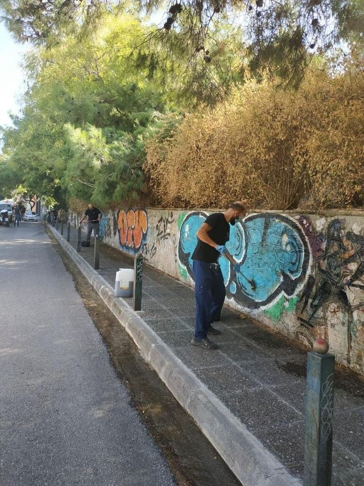 Επιχείρηση αντιγκράφιτι από τον δήμο Αθηναίων