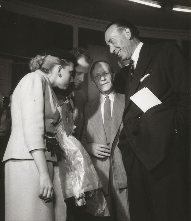 Annie Cordy, François-Henri Bruno, mari et manager de l'artiste, le directeur artistique de Columbia,...