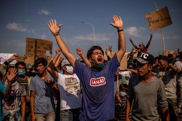 Νέα ένταση και επεισόδια με πρόσφυγες και μετανάστες στο Καρά