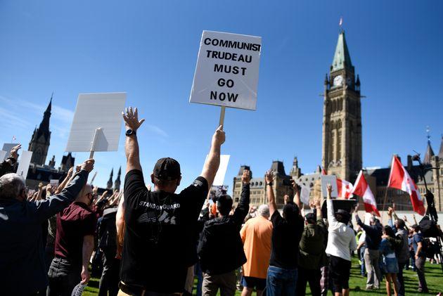 C'est la Coalition canadienne pour le droit aux armes à feu (CCDAF)qui avait convoqué...