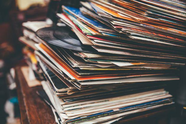 Les ventes de vinyles dépassent celles des CD aux