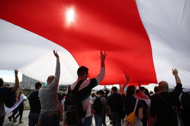 Λευκορωσία: Εκατοντάδες συλλήψεις κατά τη διάρκεια νέας αντικαθεστωτικής