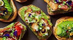 «The Avocado Show»:Το εστιατόριο που σερβίρει μόνο πιάτα με αβοκάντο και έγινε