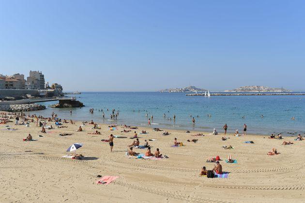 La plage des Catalans à Marseille en septembre