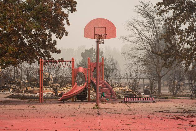 Talent, Oregon. La distruzione dopo