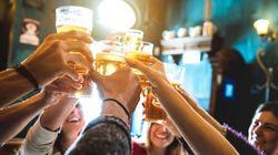 Una mujer de 26 años desata un contagio masivo al irse de bares pese a estar en