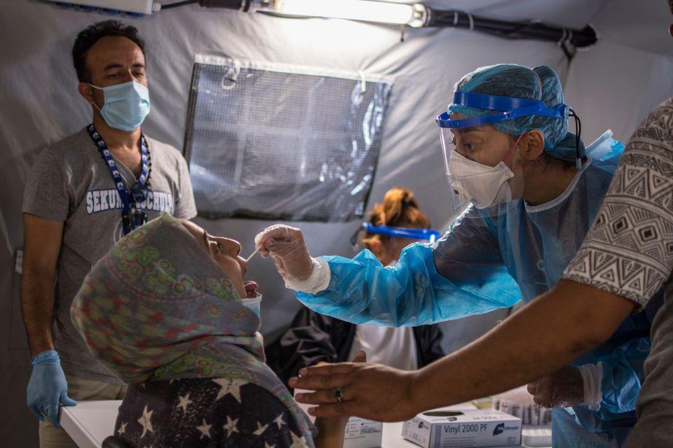 Μπορούν οι προσφυγικές δομές να προστατευτούν από την πανδημία; Η απάντηση είναι ομόφωνη και
