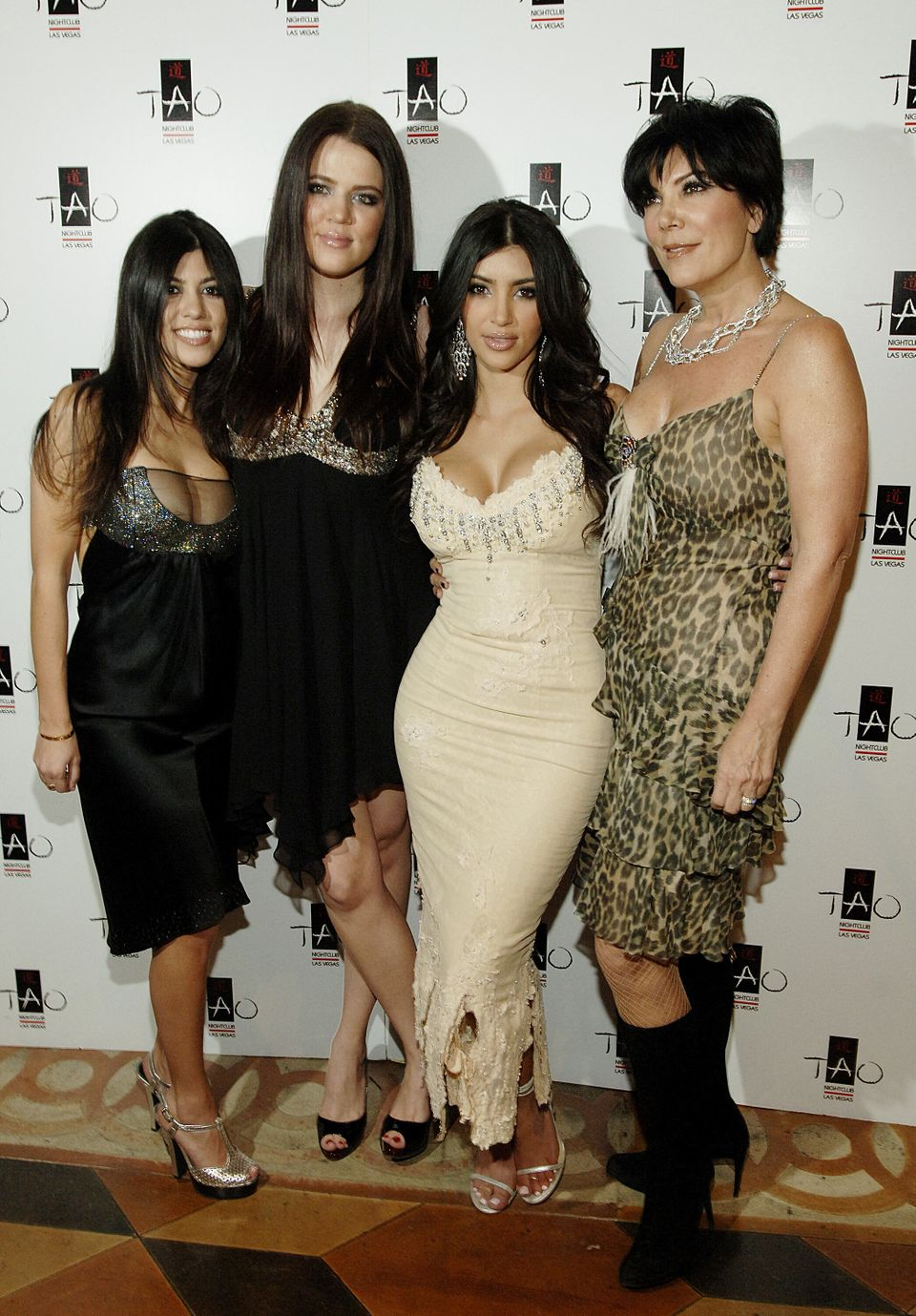 Remembering The Fashion From Season 1 Of 'Keeping Up With The Kardashians' 8