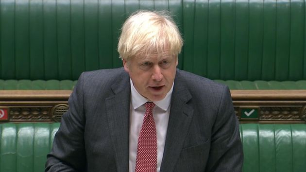 El Primer Ministro, Boris Johnson, en el Parlamento británico este lunes (House of Commons/PA...