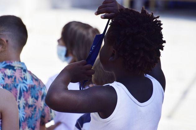 ΚΕΔΕ: Σταματά ο διαγωνισμός για τις μάσκες - Νέες προδιαγραφές για τον σχεδιασμό