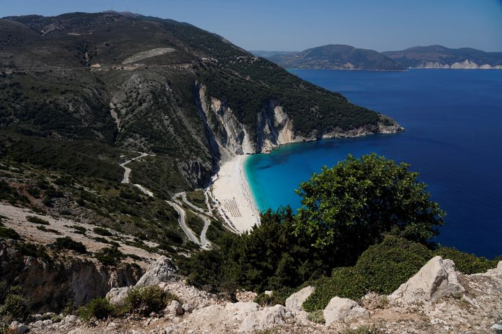 Myrtos Beach. Pylaros. Kefalonia Ionian see island. Greece. Europe. (Photo by: Paolo Reda/REDA&CO/Universal Images Group via Getty Images)