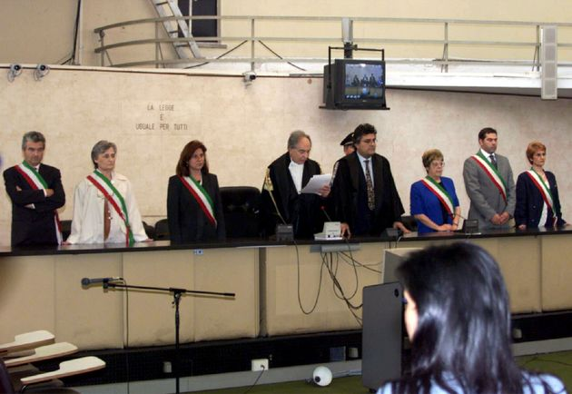 SETTE ANNI PER SCATTONE, 4 PER FERRARO. La lettura della sentenza al termine del processo Marta Russo,...