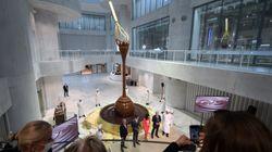 Οταν χιλιάδες λίτρα αληθινής σοκολάτας ρέουν από ύψος εννέα