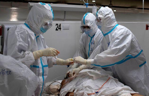 Sanidad notifica 9.437 casos nuevos de coronavirus y España supera los 30.000