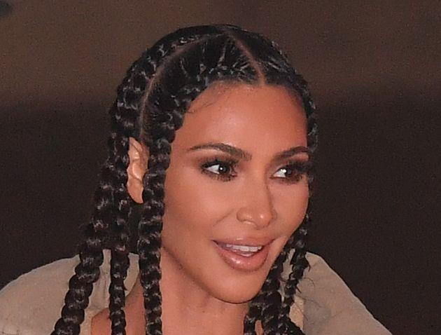Kim Kardashian se met en retrait d'Instagram et Facebook
