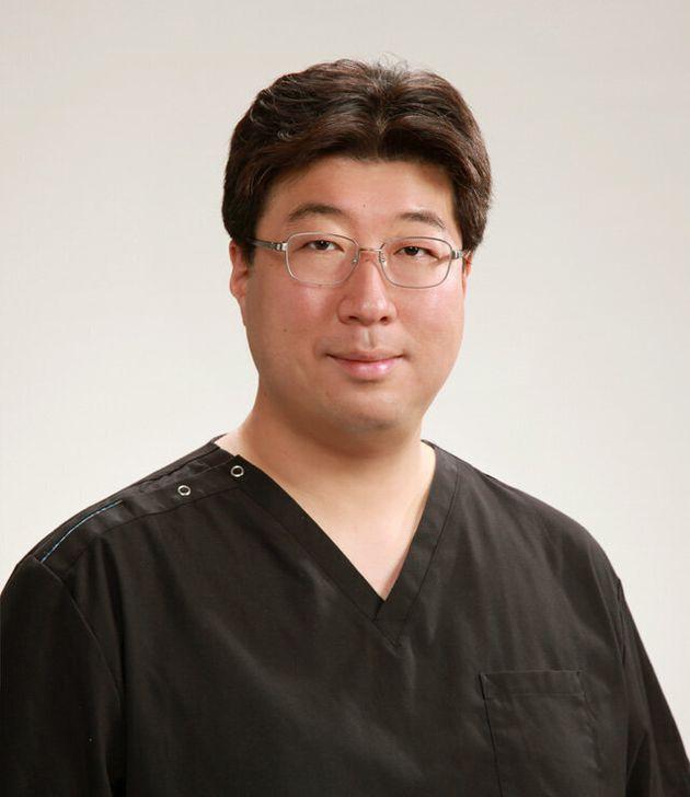 「牧の原なのはな耳鼻咽喉科」の増野聡・院長