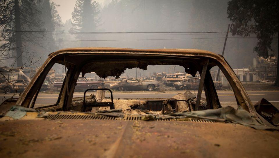 Χάθηκε ο ουρανός από τις στάχτες και τον καπνό - Σε κατάσταση καταστροφής το Όρεγκον από τις