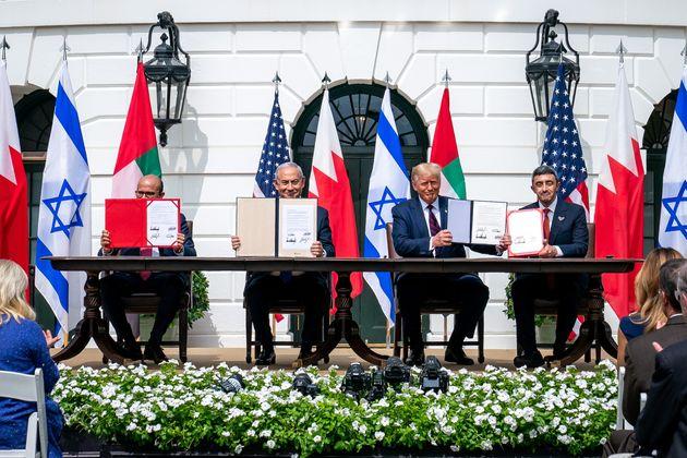 Abdullatif bin Rashid Al Zayani, Benjamin Netanyahu, Donald Trump yAbdullah bin Zayed Al Nahyan,...