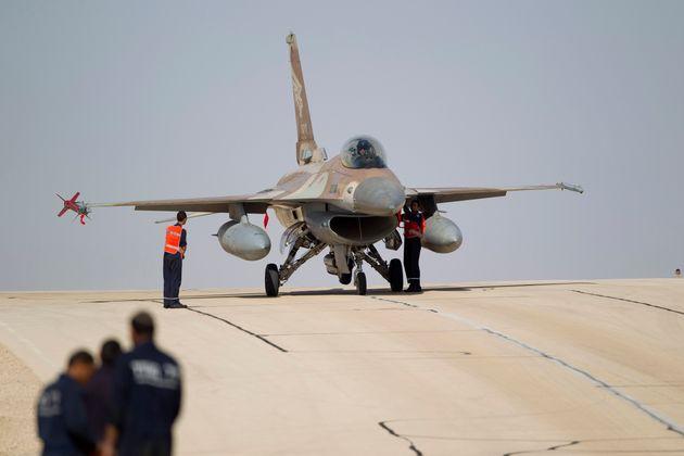 Ισραηλινοί βομβαρδισμοί στη Γάζα μετά από εκτόξευση ρουκέτας από Παλαιστινίους κατά της