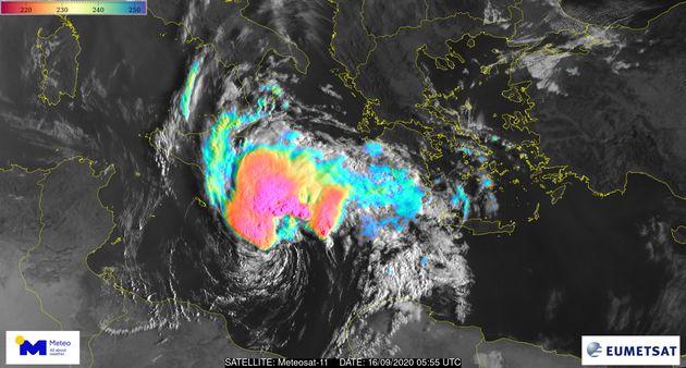 """Δορυφορική εικόνα του Ευρωπαϊκού μετεωρολογικού δορυφόρου """"Meteosat-11"""" της Ευρωπαϊκής Οργάνωσης για..."""