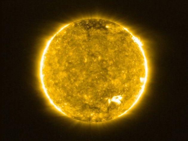 Ο Ήλιος αρχίζει νέο ηλιακό κύκλο (αλλά αναμένεται να είναι σχετικά