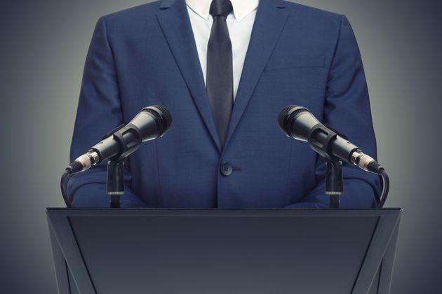 Il dibattito polarizzato sul referendum e la crisi dell'autorevolezza della