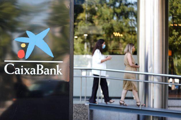 Sede de CaixaBank en Madrid (Jesús Hellín via Getty