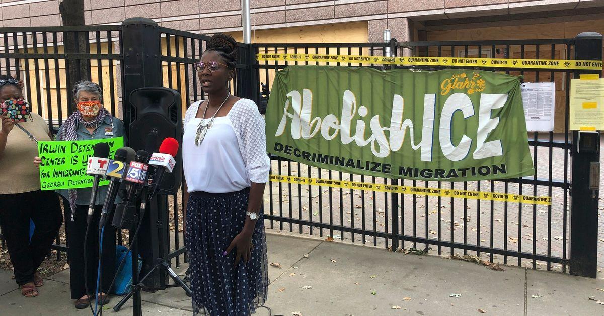 Enfermeira diz que imigrantes em centro de detenção nos EUA tiveram útero  retirado sem consentimento | HuffPost Brasil