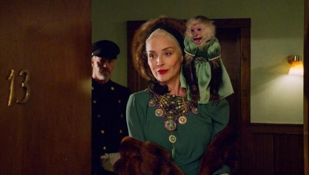 Sharon Stone comoLenore Osgood em