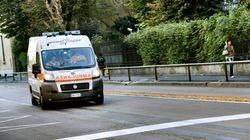 Lo scuolabus lo investe, muore bimbo di quattro