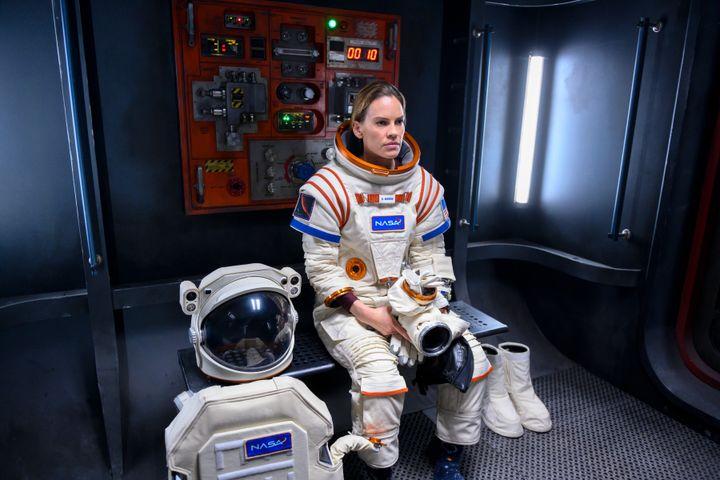Hilary Swank as Emma Green on Arrival.  & Rdquo;