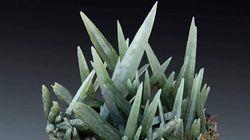 Πράσιος χαλαζίας Σερίφου: Αισθητική ομορφιά αλλά και θωπεία της