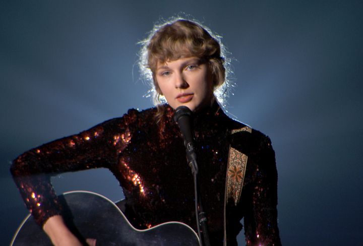 "Taylor Swift sang her twangy-in-the-best-way track ""Betty"" at the ACM Awards."