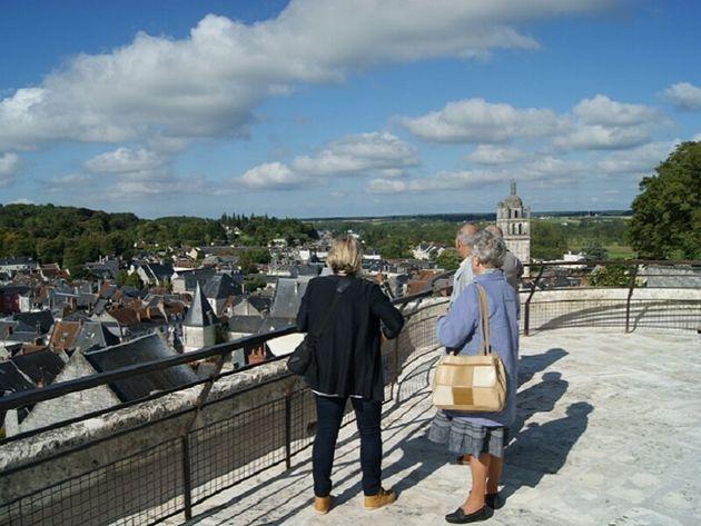 La terrasse de la Porte royale à Loches, en