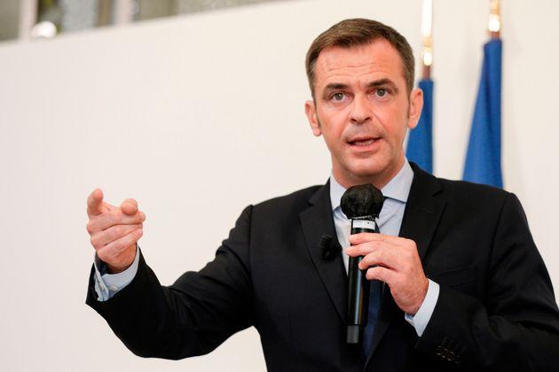 Olivier Véran en conférence de presse ce jeudi 17