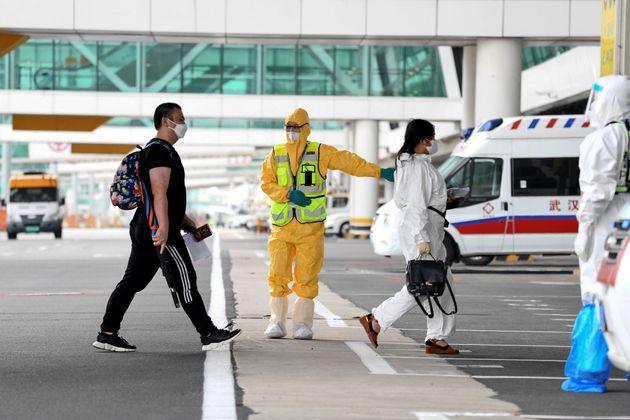 Η Γουχάν υποδέχθηκε την πρώτη διεθνή πτήση της από τον