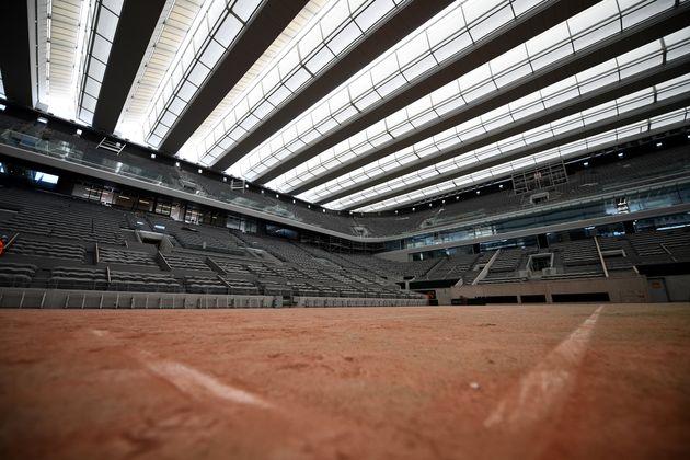 Le nouveau court central Philippe Chatrier à Roland-Garros, à Paris, le 27 mai