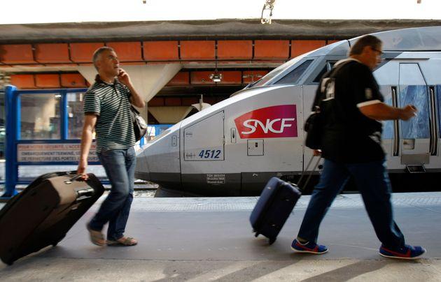 """La SNCF mettra """"environ deux ans"""" à retrouver son niveau de trafic avant crise et..."""