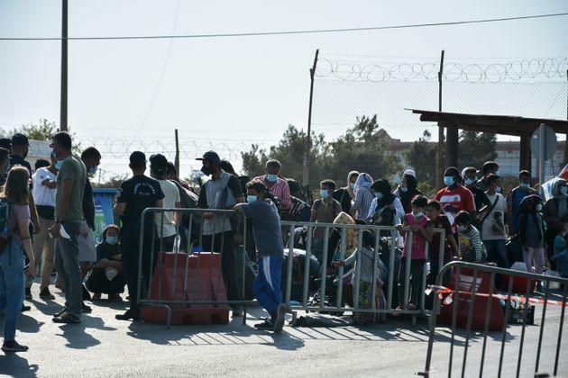 Συνεχίζεται η επιχείρηση της αστυνομίας στο Καρά Τεπέ - 5.000 πρόσφυγες στη νέα