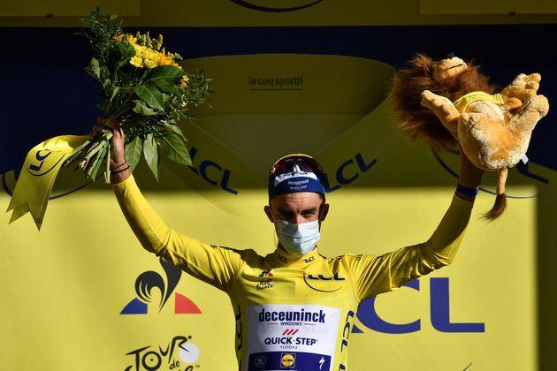 Julian Alaphilippe, ici maillot jaune après la 4e étape entre Sisteron et Orcières-Merlette le 1er septembre 2020.