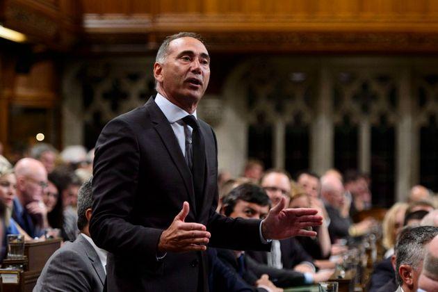 Le nouveau lieutenant conservateur au Québec Richard Martel a déjà commencé...