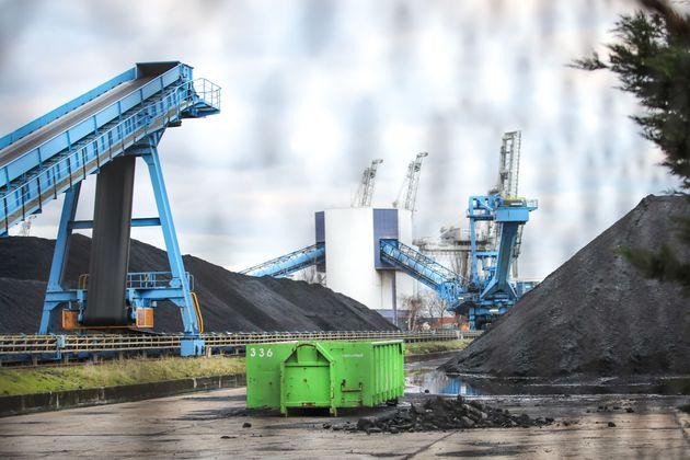 L'une des dernières centrales à charbon encore en activité en France se trouve au...