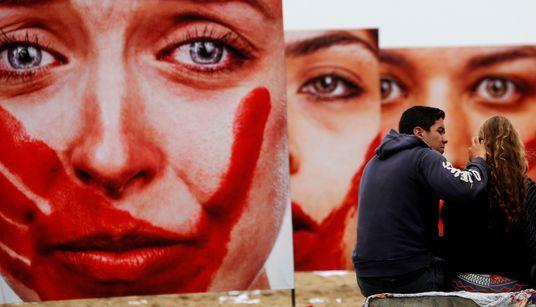 'Ou era ele ou era eu': Quando vítimas de violência doméstica matam seus