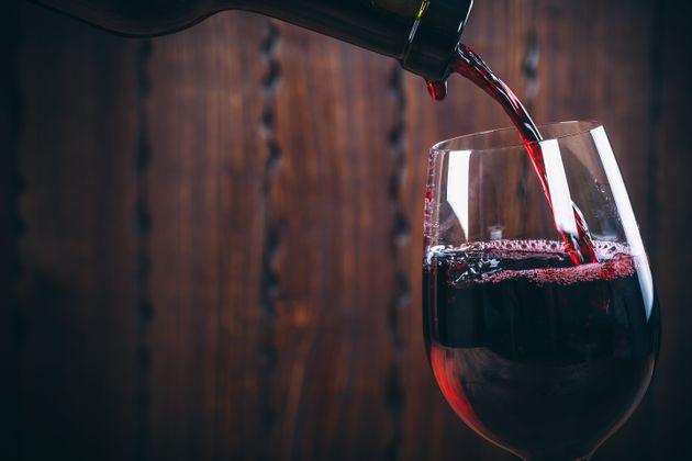 Des vignerons obtiennent le retrait de panneaux sensibilisant sur l'alcool au