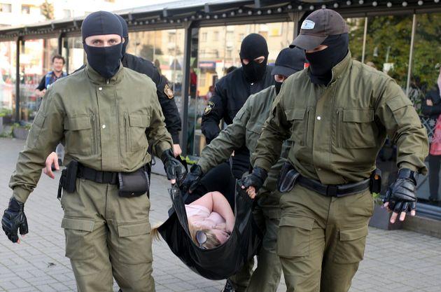 Λευκορωσία: Χάκερς έδωσαν στη δημοσιότητα προσωπικά δεδομένα 1000