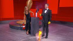 Una broma sale mal en los Emmy y Jennifer Aniston se convierte en todo un 'meme' por