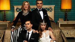 De qué va y dónde ver 'Schitt's Creek', la comedia que ha hecho pleno en los Emmy