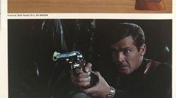 Cinq armes de James Bond ont été volées et la police britannique est à leur